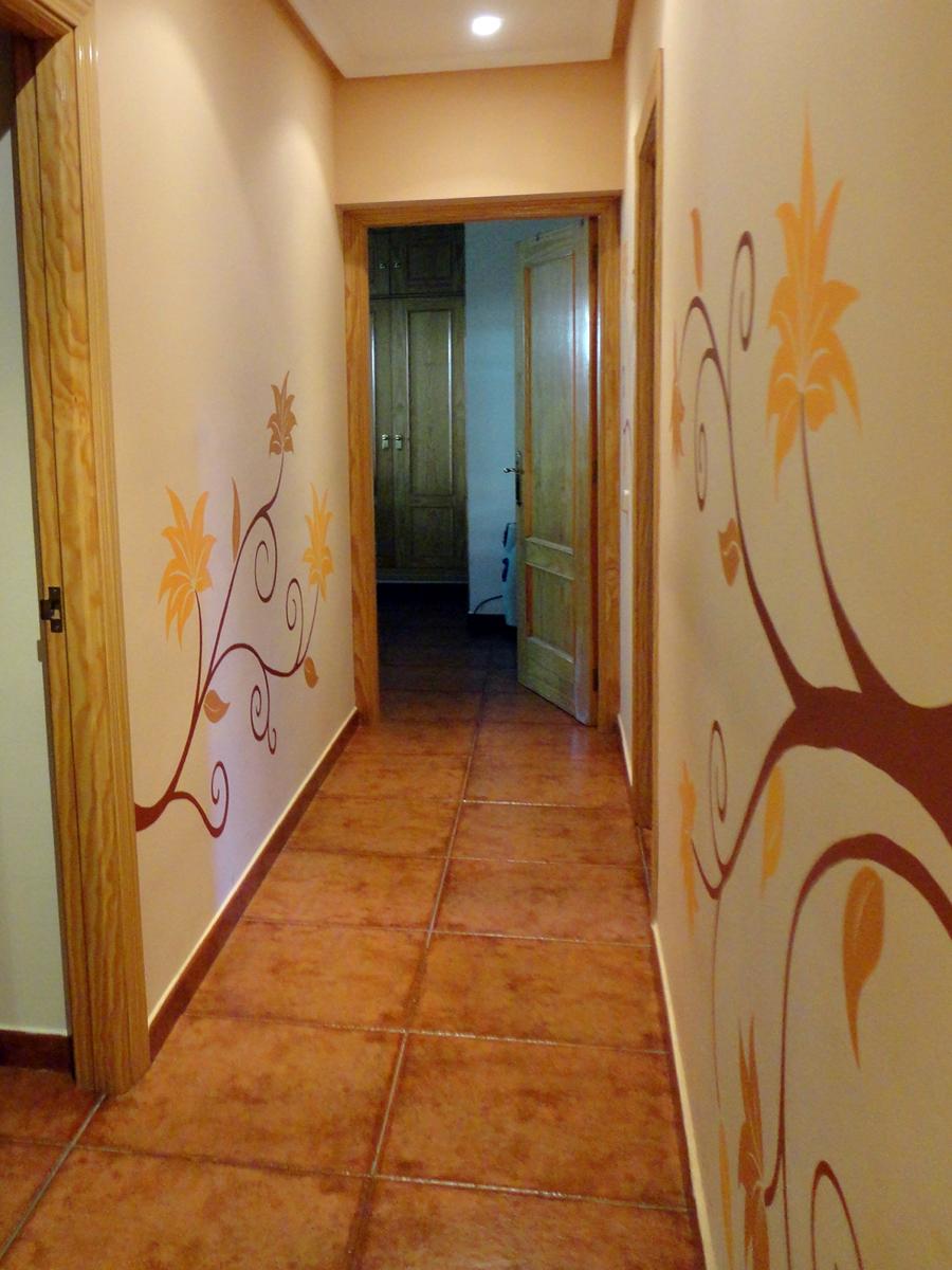 Pintura mural decorativa murales pintados a mano alzada - Como pintar el pasillo ...