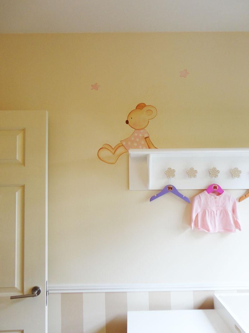 Murales infantiles murales pintados a mano sobre paredes - Decorar paredes de gotele ...